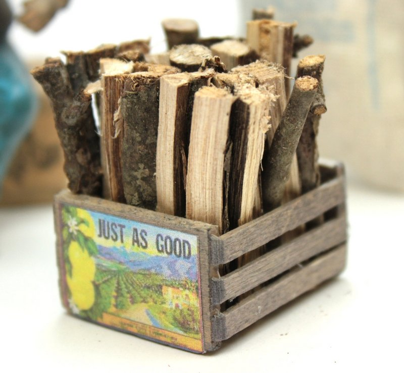 Firewood & Crate - #118-1005