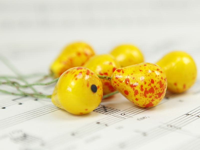 Golden Yellow - Pear - Fruit - Bead - Ornament -- Set of 7 - 6-7