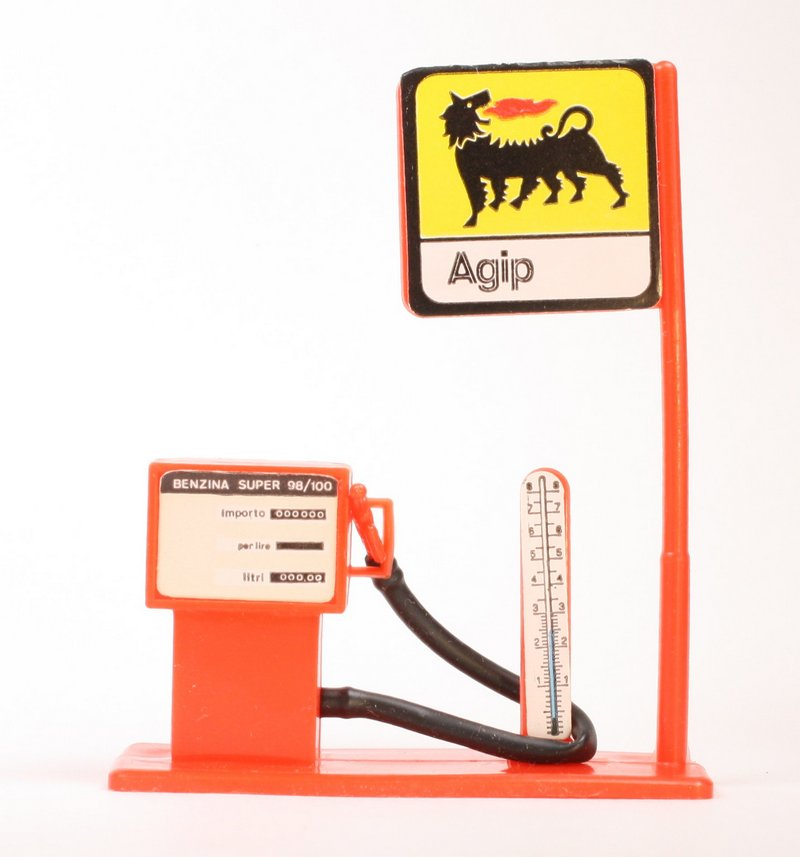 Gas Pump - Italian Agip Brand - Dollhouse, Gnomes -  201-0341