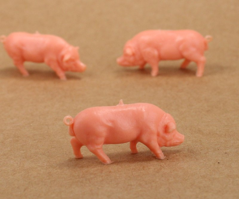 Pigs - Small - Set of 8 - Dollhouse Minis - 201-158-2