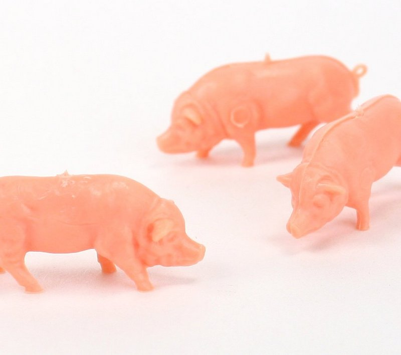Pig Family - Set of 8 - Dollhouse Minis - 201-158-6