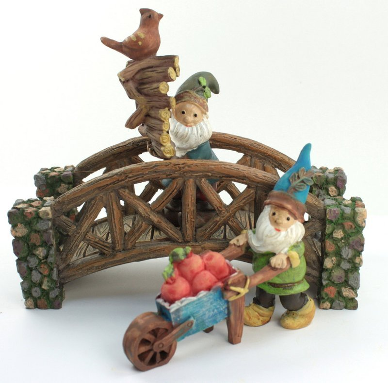 "Forest Gnome Elf - Firewood Gathering - 2""  - 207-6087"