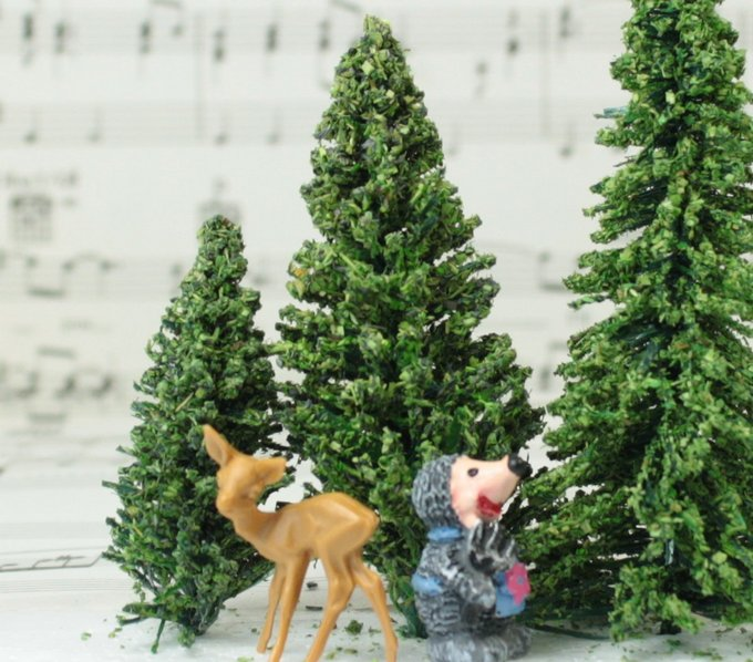 "Flocked Forest Trees - 3"" Tall - 5 Pcs Set (218-0302)"