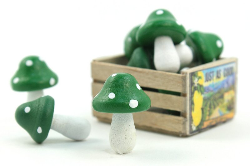"Green - Wood - Hand Crafted - 3/4"" Mushrooms 218-0125"