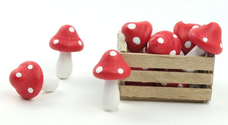 "Red - Wood - Hand Crafted - 3/4"" Mushrooms 218-0132"
