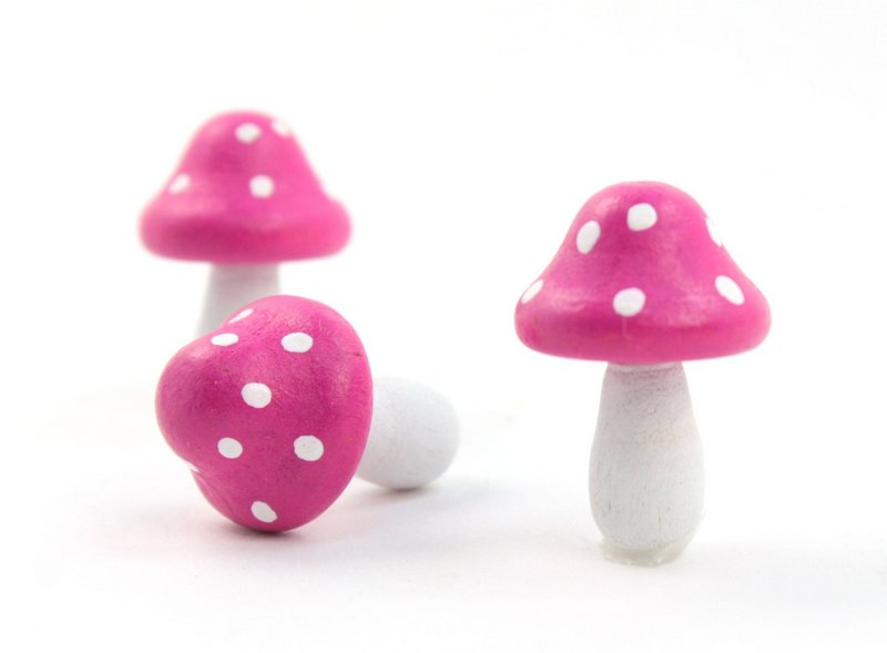"Lilac - Wood - Hand Crafted - 3/4"" Mushrooms -  218-0134"