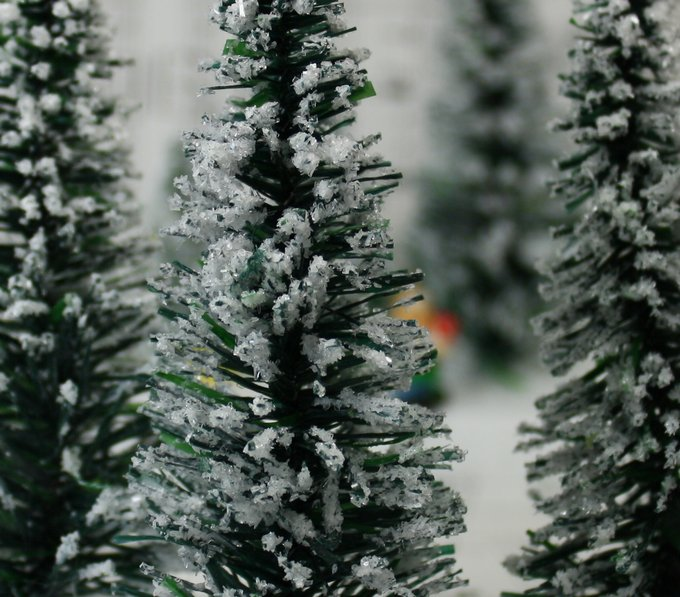 "Snowy Evergreen Tree - 4"" - Set of 3 - 218-0404"