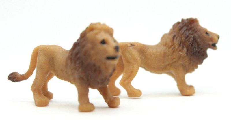 "Lions -  1"" Long - Set of 4 - 234-2922"