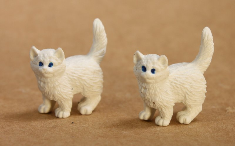Cats - Realistic White Kittys - Set of 4 - 234-9622