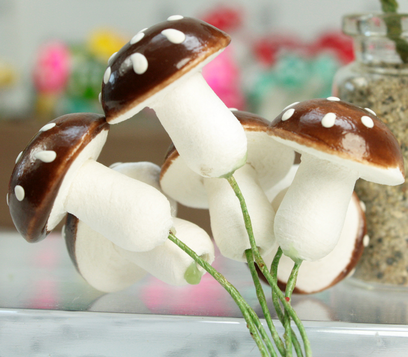 Brown - Large Cotton Spun Mushrooms  - Set of 10 - (218-0118)