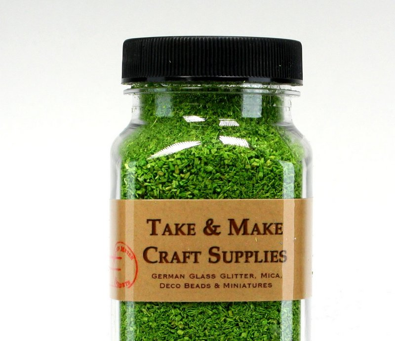 "Green (Light Green) Flakes - 5""  - 1.5oz jar - 311-0740"
