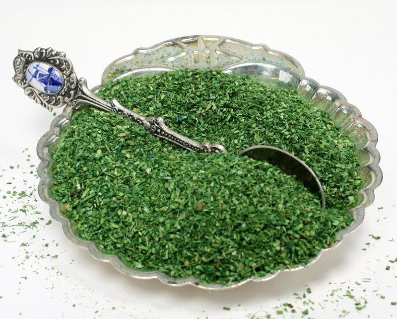"Green (Dark Green) Flakes - 5""  - 1.5oz jar - 311-0741"
