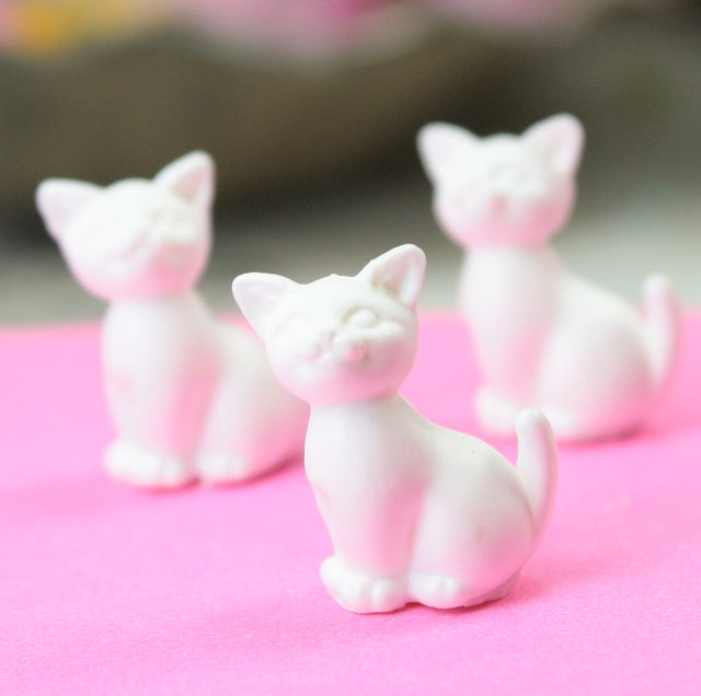 Happy Cats - White - Set of 6 - 203-3-212-WH