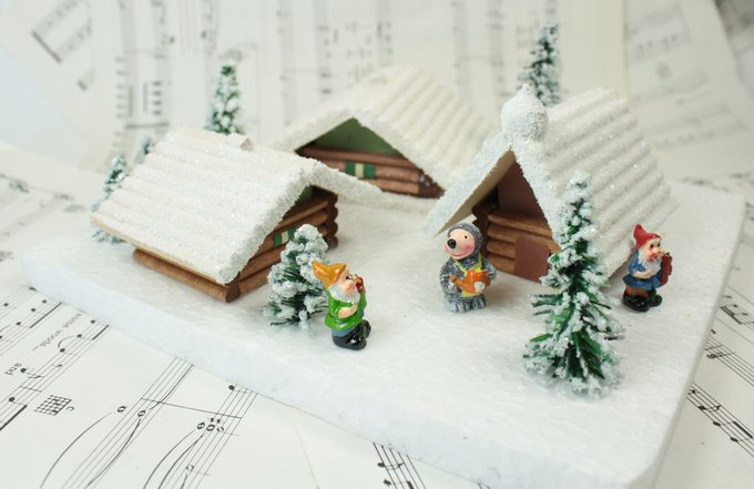 Snowy Wooden Chalet- 106-036A